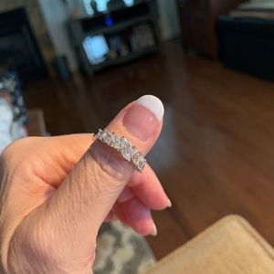 Gorgeous STERLING SILVER & Diamonique Ring Size 8!